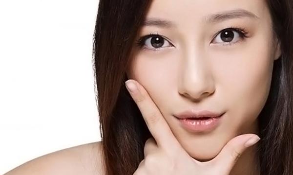Dáng mũi đẹp bạn phải trang điểm như thế nào?