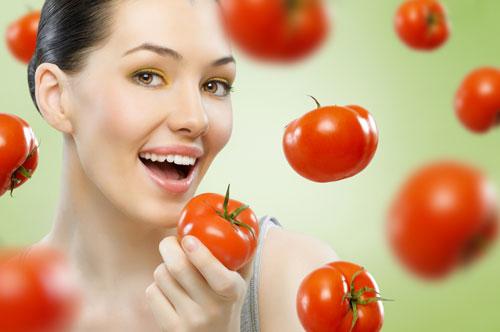 Cà chua giúp bạn giảm eo mà tiết kiệm