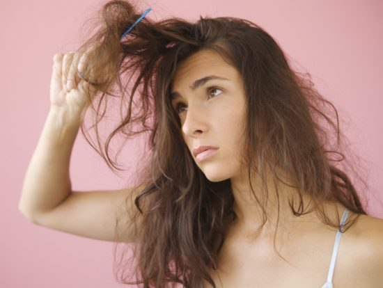 Mái tóc rối bạn phải làm sao?