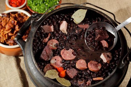 Món canh đậu đen