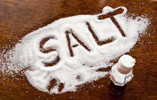Dùng muối bột