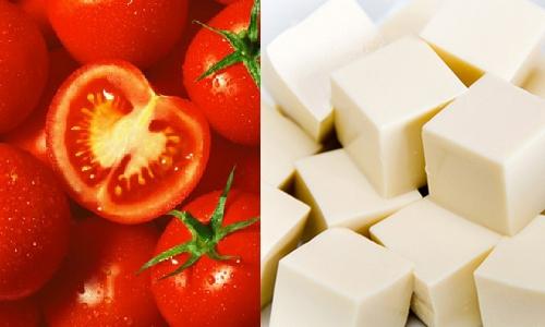 Đậu hũ trắng và cà chua