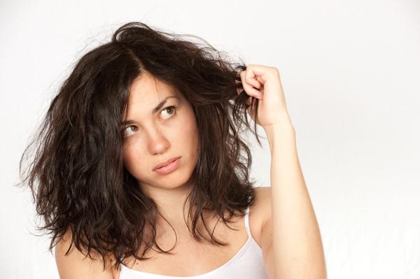 Chăm sóc tóc dầu trong những ngày hè